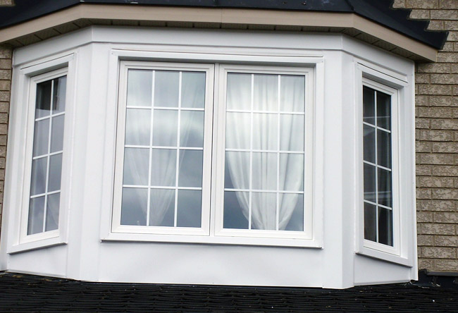 Vinyl windows replacement toronto for Vinyl bay window